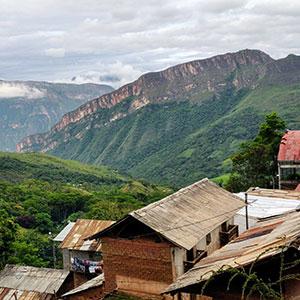 Lonya Grande, Peru